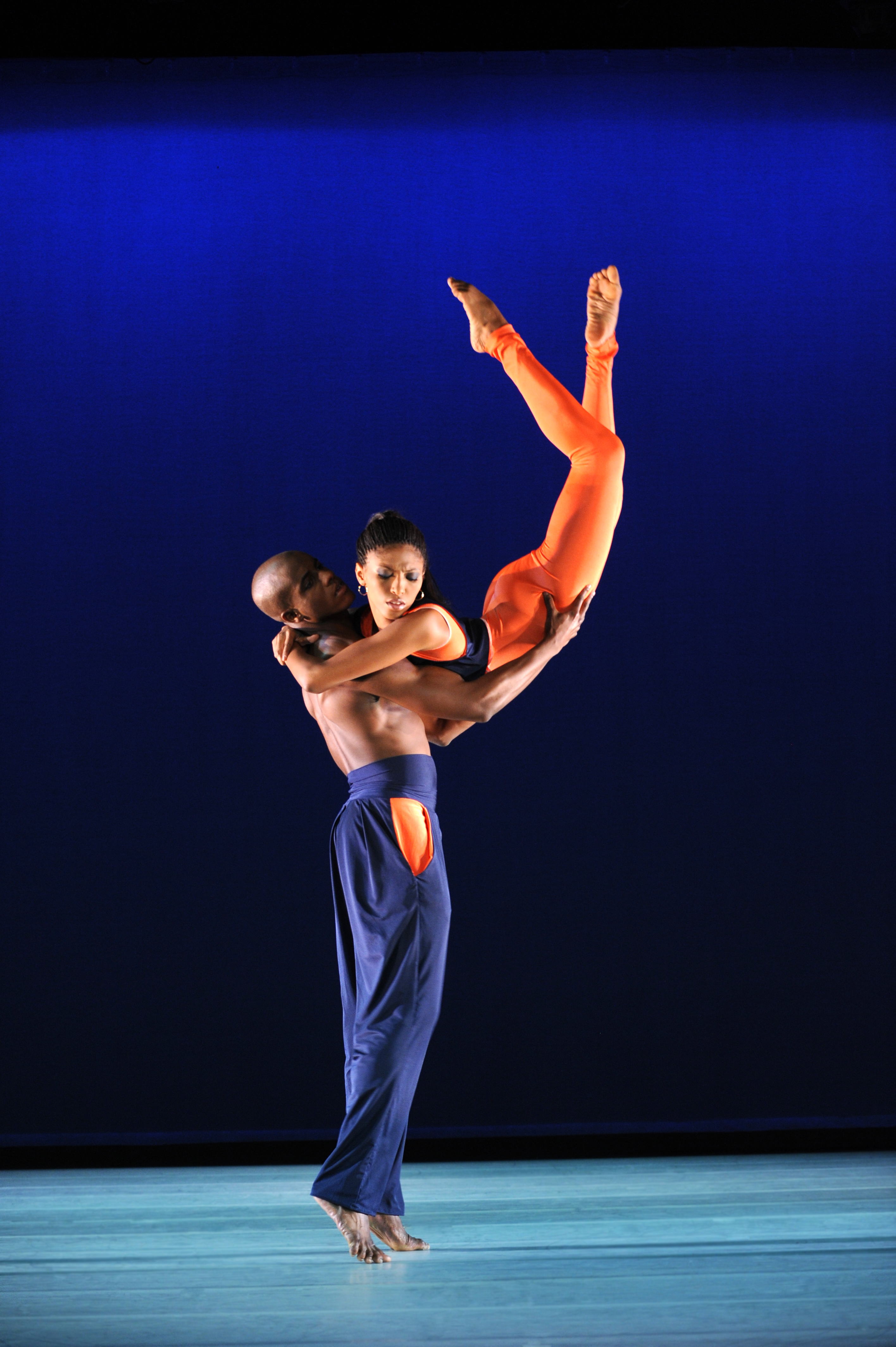 alvin aileys influence on modern dance Revelations, alvin ailey's great masterpiece of modern american dance,  stets eine wichtige rolle in alvin aileys  of how the arts can influence each.