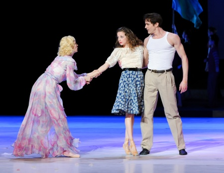 "Eva Trapp, Alexandra Kochis and Robert Moore in ""A Streetcar Named Desire."""
