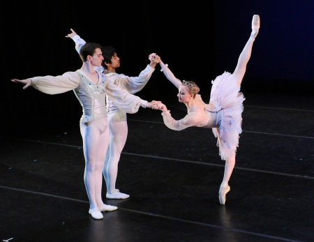 "Diana Yohe with Masahiro Haneji and Andrew Kaczmarek in ""Quattro."""