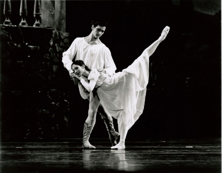 "Tamar Rachelle and Steven Annegarn in ""Romeo and Juliet."""