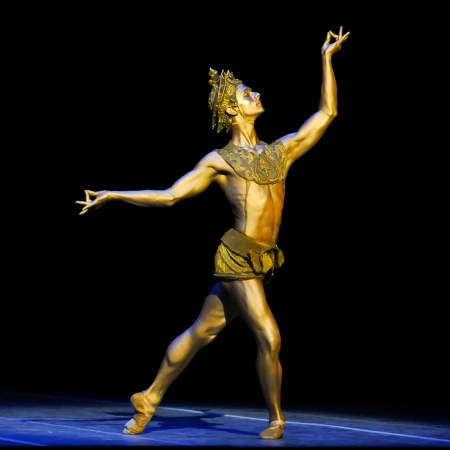 Luca Sbrizzi as The Golden  Idol. Photo: Rich Sofranko.
