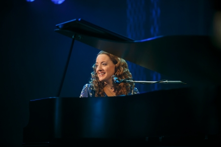 Abby Mueller as Carole King